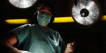 Hombres y mujeres, cada vez más interesados en las operaciones de cirugía estética de las zonas íntimas